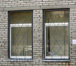 решетка на окно в Москве в офисе