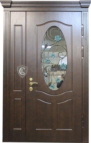 двери металлические для загородного дома со стеклом со вставкой
